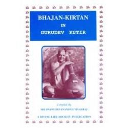 Bhajan Kirtan in Gurudev Kutir